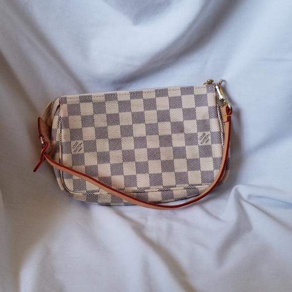 5ae73a0dd6d5 Louis Vuitton Handbags - LV Damier Azur Pochette Acessories